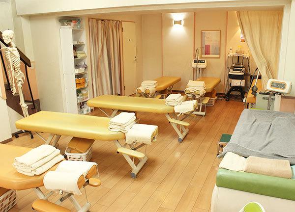 けやきの森整骨院 北千住院の施設内風景