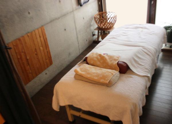 さくら治療院 ベッド