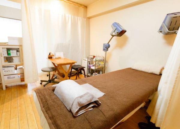 明神前鍼灸治療室の内観画像