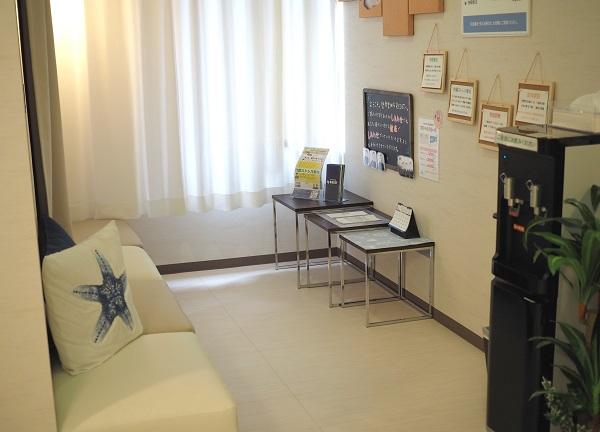 治療院 RESETの待合室画像