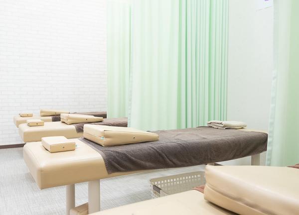 すずらん鍼灸接骨院 平安通院のメインビジュアルの内観画像