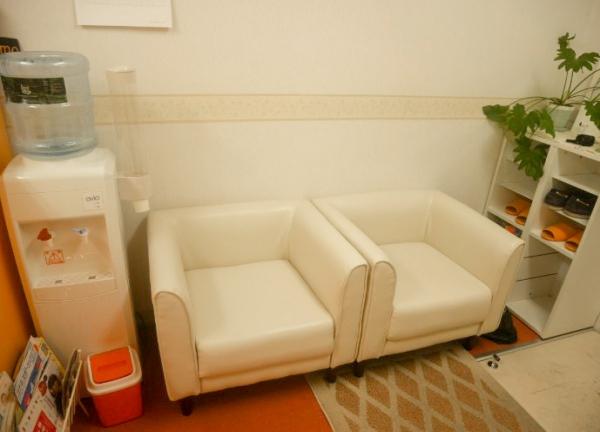 鍼灸マッサージBodycureAoiの待合室画像