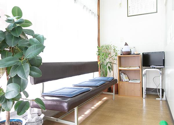 オリエンタル千田鍼灸院の待合室画像