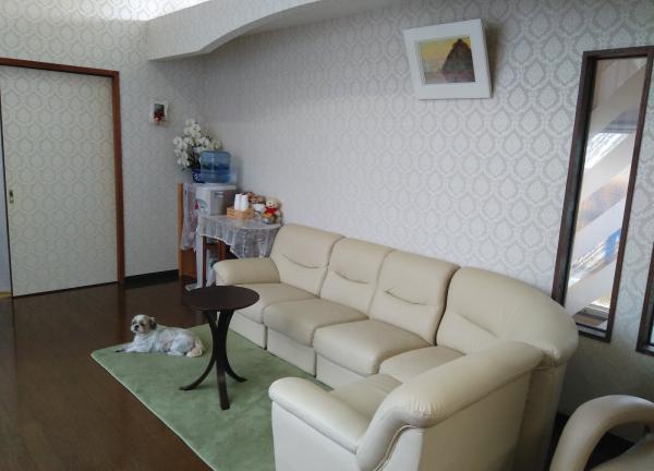 元気鍼灸マッサージ治療院の待合室画像