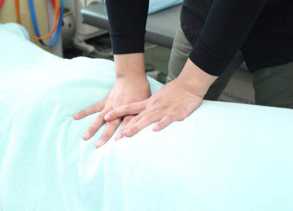 あだち五反野鍼灸整骨院の施術風景画像