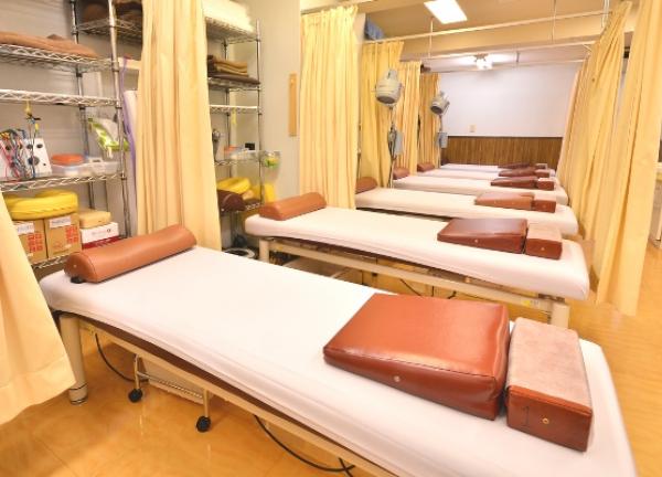 八木整骨院・八木鍼灸院の内観画像