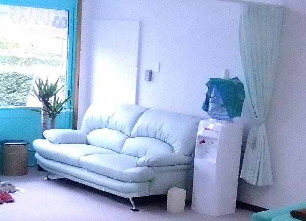 大蔵カイロプラクティック 川越伊勢原整体院の待合室画像