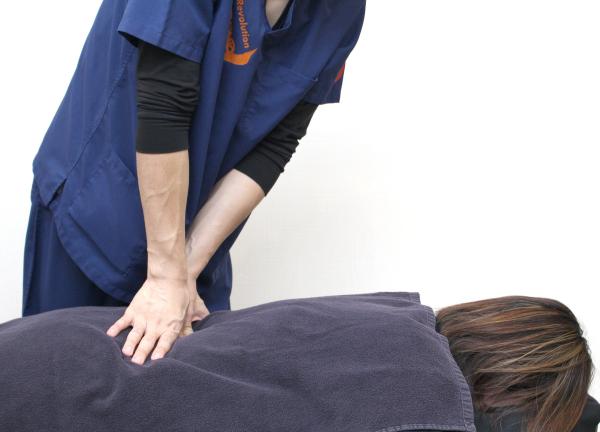 豪徳寺の鍼灸整骨院の施術風景画像