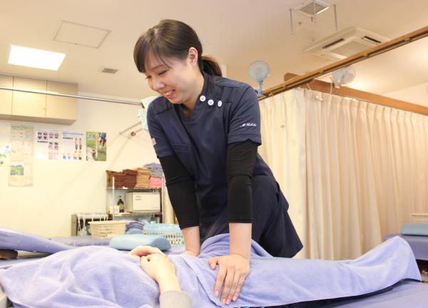 いるか堂鍼灸整骨院の施術風景画像
