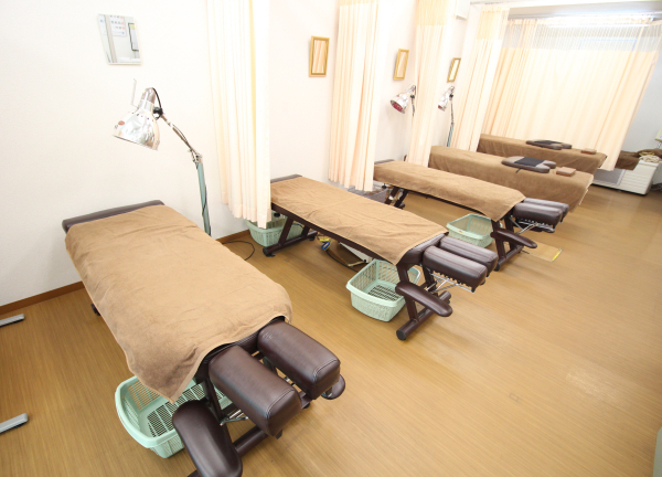 医心堂接骨院の内観画像
