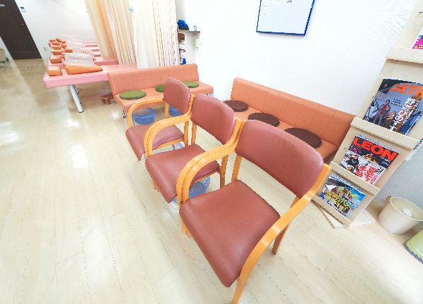 あい針灸整骨院の待合室画像
