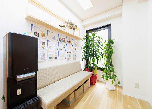 たんぽ整骨院の待合室画像