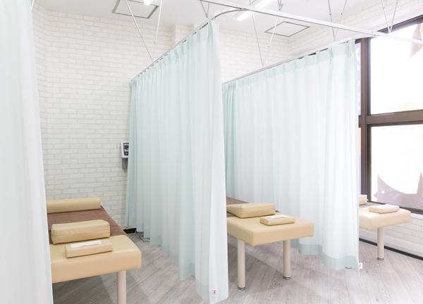 中区伏見 すずらん鍼灸接骨院の内観画像