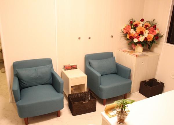 赤羽式はり整体院Re:Make 恵比寿本院の待合室画像