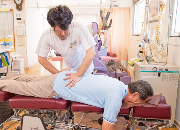 なかの鍼灸整骨院の施術風景画像