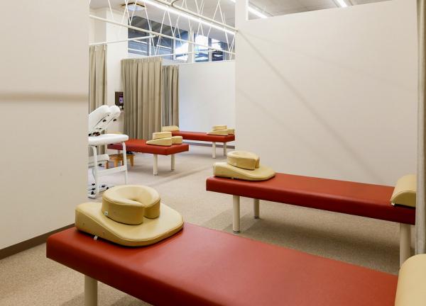三条名倉堂鍼灸整骨院の内観画像