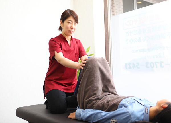 産後・子育てママの骨盤矯正サロン リブラ 【女性専用】の施術風景画像