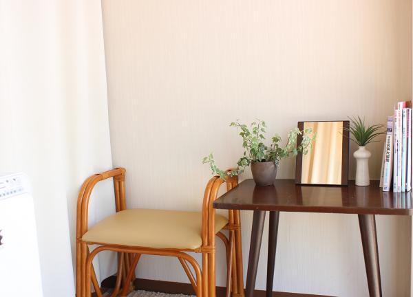 奈良市の整体院 朱舟の待合室画像