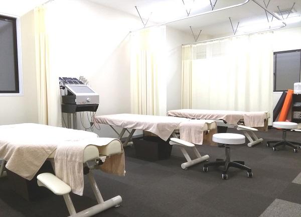 仁−JIN鍼灸整骨院の内観画像