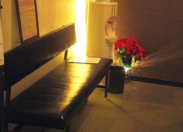鍼灸整骨院イズミの待合室画像