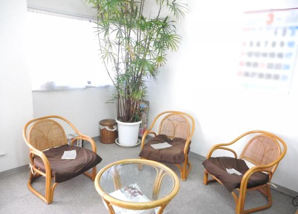 ノア健美院の待合室画像