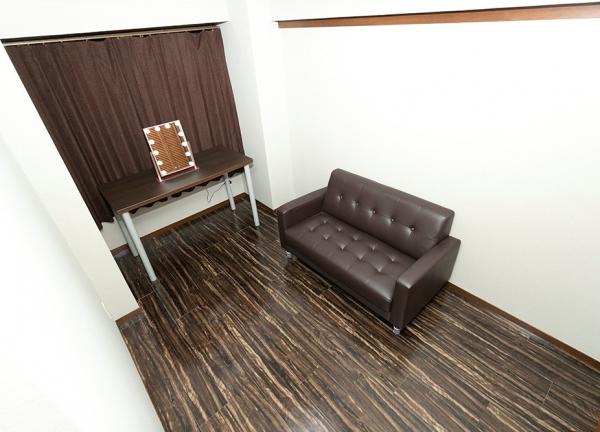 あんま・指圧・マッサージ はり・きゅう 治療院 大石の待合室画像